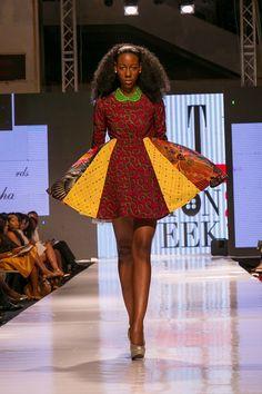 Une jupe ravissante et aux couleurs vives lors de la Glitz Africa Fashion Week édition 2014 #intothechic