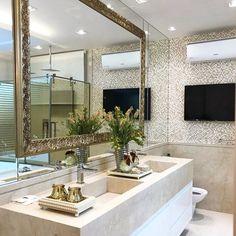 Tinha como ser mais lindo?! Difícil neh?! Destaque para a moldura dourada colocada no espelho. Amei! Projeto Mariane e Marilda Baptista Via @maisdecor_ www.homeidea.com.br Face: /homeidea Pinterest: Home Idea #homeidea #grupodecordigital #arquitetura #ambiente #archdecor #archdesign #projeto #homestyle #home #homedecor #pontodecor #homedesign #photooftheday #love #interiordesign #interiores #cute #picoftheday #decoration #revestimento #decoracao #architecture #archdaily #inspiration #project…