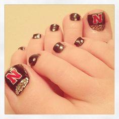 Nebraska Huskers nail design!