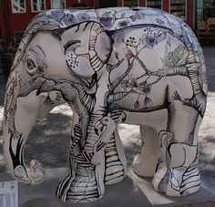 Title: Santuary Artist: Sara Stilling Location: Gråbrødre Torv African Forest Elephant, Asian Elephant, Grey Elephant, Elephant Stuff, Elephas Maximus, Cow Parade, City Events, Elephant Parade, Antique Pictures
