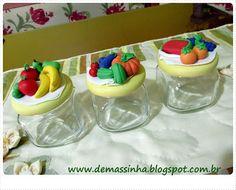 Vidros decorados com biscuit
