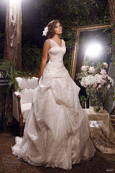 akay Bridal Collection, bride, bridal, wedding, noiva, عروس, زفاف, novia, sposa, כלה, abiti da sposa, vestidos de novia, vestidos de noiva, boda, casemento, mariage, matrimonio, wedding dress, wedding gown.
