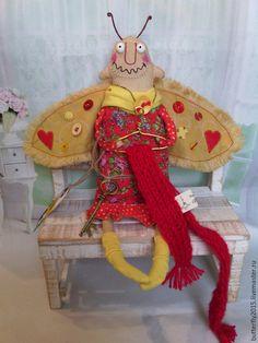 Купить Моль Хранительница... - ярко-красный, желтый, моль, моль авторская, ароматизированная игрушка, ключь