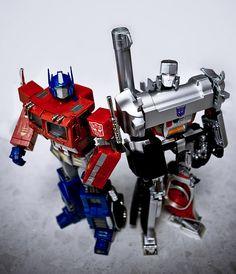 Transformers Masterpiece MP-01 Convoy (Optimus Prime) and MP-05 Megatron