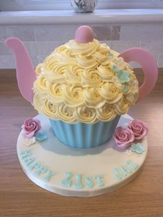 Tea Pot Giant Cupcake with Sugar Roses