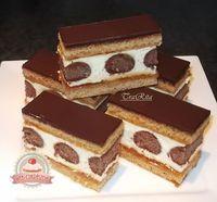 Pöttyös mézes Hungarian Desserts, Hungarian Recipes, No Bake Desserts, Dessert Recipes, Food Cakes, Creative Cakes, International Recipes, Cakes And More, Diy Food