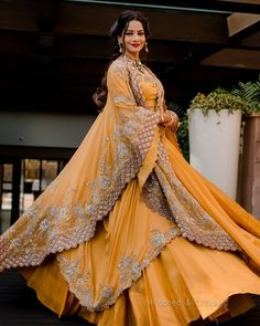 (C)📸: Hitched & clicked | Mehendi outfit for brides | fab mehendi outfits | #wittyvows #bridesofwittyvows #mehendioutfit #mehendibride #bridalmehendi #mehendiceremony #bridesmaids #indianbride #indianwedding #bridallook Mehendi Outfits, Yellow Lehenga, Offbeat Bride, Lehenga Designs, Festival Wear, Bridal Looks, Yellow Outfits, Baby Dresses, Color Theory
