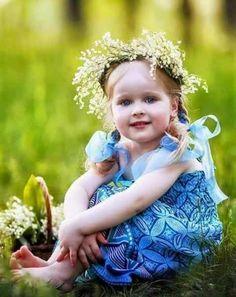 Személyre szóló javaslat kérd a személyes ásványodat ! Elkészítem neked ! Cute Kids, Cute Babies, Baby Kids, Children Photography, Art Photography, Spring Fever, Young Models, Blue Moon, Beautiful Children