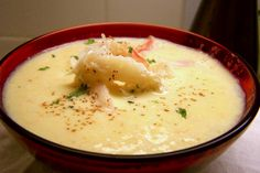 Crab Bisque  1 lb lump crabmeat 5 tbsp butter ½ tsp dry  mustard 1 tsp salt ¼ tsp white pepper 4 tbsp flour 1 cup chicken broth 1 qt milk ¼ cup sherry paprika Melt butter in a sauce pan, add flour stir to blend, stir in broth simmer about 10 minutes, add the milk, gently add crabmeat cook about 5 minutes, dash in the sherry, remove from heat, season to taste.
