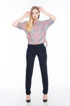 Spodnie z szerokim pasem SL4004B www.fajne-sukienki.pl Capri Pants, Fashion, Moda, Capri Trousers, Fashion Styles, Fashion Illustrations