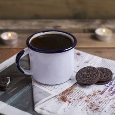 Traditionally produced enamelware in modern designs. Leading custom enamel mug worldwide supplier. Branded or original enamel kitchenware for your choice. Coffee With Friends, Cold Drinks, How To Look Better, Bbq, Enamel, Mugs, Tableware, Strength, Handle