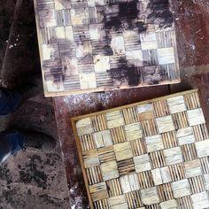 New collection, Chessboard /nueva coleccion, tablero de ajedrez. • • • #Dowoodworking #madera #wood #woodworking #workshop #chessboard #board #chess #ajedrez #tablero #furniture #mueble #furnituredesign #plywood #pinewood #pine #pino #patterns #patrones #design #diseño #diseñord #artesanalcanvas