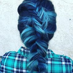 This blue braid is mind-blowing! @giannadoll13 used #KenraColor 7SM + Blue Booster for one shade and diluted #KenraColorCreative Teal for the other. #MetallicObsession
