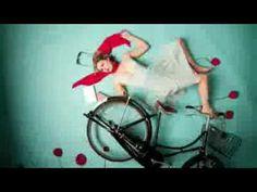 favorite amazon kindle commercial