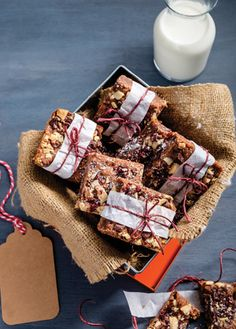 Galletas doble chocolate con arándanos. Delciosa receta para preparar riquñisimas galletas doble chocolate con arándanos | www.cocinavital.mx