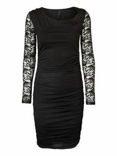 ROCKY LACE DRESS VERO MODA Holiday Countdown contest. Pin to win the style! @VERO MODA