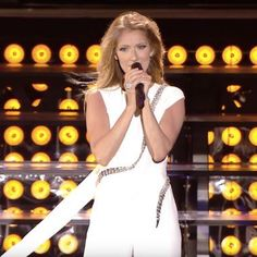 Céline Dion lance un appel à ses fans - Showbizz.net