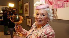 Lady Susan Renouf, Australian socialite, 15.07.42 - 25.07.26, aged 74