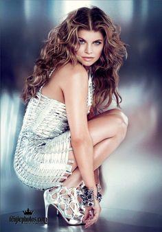 Fergie. Her hair is beautiful-------------------http://www.fitnessgeared.com/forum/forum/ FITNESSGEARED.COM THE BEST ONLINE BODYBUILDING INFO