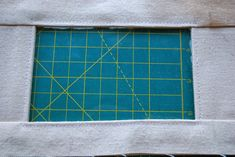 Neat Finish Window Pouch -- Sewing Tutorial by Roonie Ranching © 2013 Sewing Tutorials, Sewing Projects, Pouch Tutorial, Id Wallet, Zipper Pouch, Cosmetic Bag, Pouches, Windows, Bags Sewing