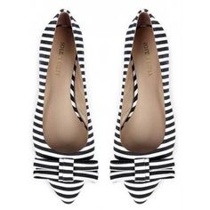 Sole Society 'Kameko' black and white stripe bow flats ❤ liked on Polyvore featuring shoes, flats, bow flat shoes, bow shoes, striped flats, striped shoes and flat pumps