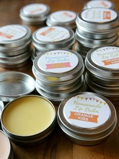 Delicious ! Moisturizing Orange Kiss, and Sweet Lemon Homemade Lip Balm Recipe With Free Pretty Printable Labels ! Great Gift too !