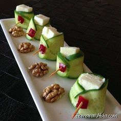 According to research, an average of of children do not have breakfast … - Food and Drink Finger Food Appetizers, Finger Foods, Appetizer Recipes, Breakfast Presentation, Food Presentation, Good Food, Yummy Food, Food Garnishes, Food Platters