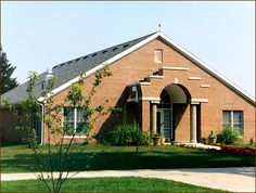 Indiana School For The Deaf, Dixon House Independent Living Center