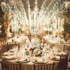 Putting a twinkle in our eyes with such beauty and glamour is @bastilleflowersnyc . Photo: @laurenfair #weddinginspo