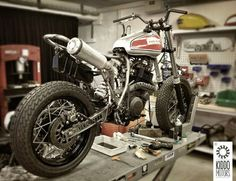 Yamaha XT600 Street Tracker By Kiddo Motors                                                                                                                                                                                 Mais