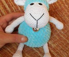Ovečka z Dolphinky Spool Knitting, Easter Crochet Patterns, Eco Friendly Toys, Texture Art, Crochet Animals, Stuffed Toys Patterns, Handmade Toys, Pet Toys, Crochet Projects
