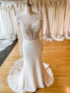 Mermaid Wedding, Gowns, Queen, Wedding Dresses, Long Sleeve, Sleeves, Wedding Ideas, Fashion, Vestidos