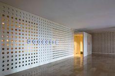 Habitual es el quinto local que el estudio de diseño Francesc Rifé ha creado para el chef valenciano Ricard Camarena en Valencia.