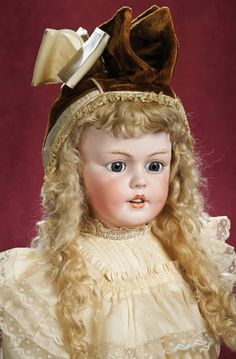 Dee Light Blonde mohair wig for antique German or French doll size 9-10