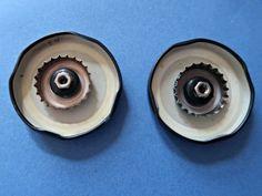 How To Make A Recycled Tin Can Owl • Craft Invaders Tin Can Crafts, Owl Crafts, Crafts To Make, Metal Crafts, Recycled Crafts, Decor Crafts, Kids Crafts, Feuille Aluminium Art, Tin Can Lanterns
