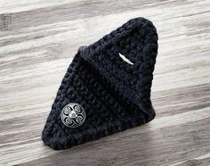 Crochet Cord Holder Headphone Organizer Earbud Organizer Smartphone Accessory Earphone Cord keeper H Crochet Egg Cozy, Crochet Craft Fair, Crochet Cord, Crochet Chain, Quick Crochet, Diy Crochet, Single Crochet, Hand Crochet, Crochet Projects