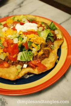 Dimples and Tangles: INDIAN TACOS, make your own fry bread. My mom talking to me and my sister about the powwow . My mom: we may miss grand entry. Me: the driving force for me going, is to get an Indian taco . I love my sister xD. Indian Taco Recipes, Beef Recipes, Mexican Food Recipes, Cooking Recipes, Recipies, Easy Recipes, Easy Meals, I Love Food, Good Food