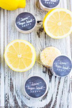 DIY Exfoliating Lemon Lip Scrub