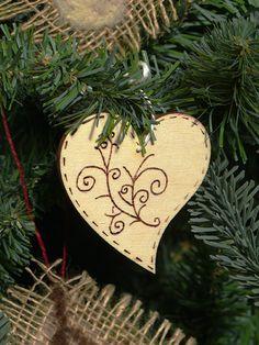 Pirogravírozott fa karácsonyfadíszek, tárgyak - Art-Export webáruház
