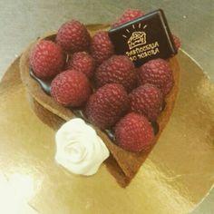 Heart Rubini Cake #PasticceriaSuMisura #pastry #SanValentino #Lecco