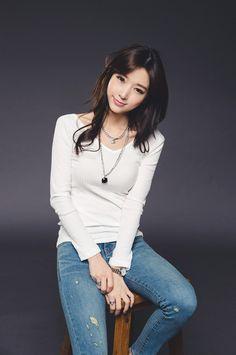 Korean Dreams Girls — Ye Jin - February 12, 2015 2nd Set