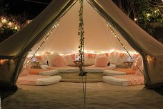 SleepOver, Slumber Party and Glamping - Los Angeles & Orange County WonderTent Parties — Glamping at home Things To Do At A Sleepover, Sleepover Room, Fun Sleepover Ideas, Sleepover Birthday Parties, Sleepover Activities, Sleep Over Party Ideas, Party Ideas For Teenagers, Girl Parties, Glamping