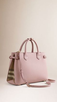 08c63b79d7ab BURBERRY - The Medium Banner in Leather and House Check One Bag