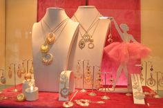 Showcases of Venere Preziosi - booth 146 at Palakiss Vicenza.   http://www.palakisstore.com/?s=venere