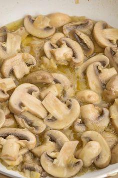 Vegetarian Recipes, Cooking Recipes, Good Food, Yummy Food, Arancini, Romanian Food, Stuffed Mushrooms, Brunch, Food And Drink