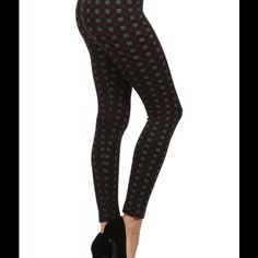 ✳️ Shosho Body Shaping Fleece Seamless Leggings Shosho (Hashtag Degsign) Jacquard Seamless Body Shaping Fleece Leggings.  These would look great paired with a cute Tunic and a pair of Boots.  Material: 92% Polyester and 8% Spandex. Shosho Accessories Hosiery & Socks