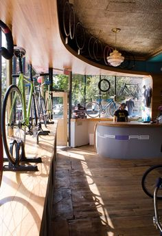 Superb bicycle boutique O Z I I O Boston 06