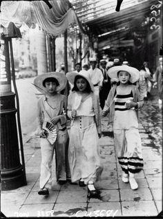 1932: Japanese Pyjama Girls