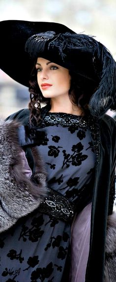 """the hat's a little """"over the top"""" (too big) but I like the overall """"look"""" Foto Fashion, Blue Fashion, Vintage Fashion, Elegant Woman, Estilo Glamour, Valentino, Russian Fashion, Beautiful Gowns, Hats For Women"""