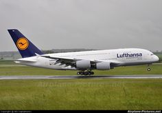 Lufthansa D-AIMA ..